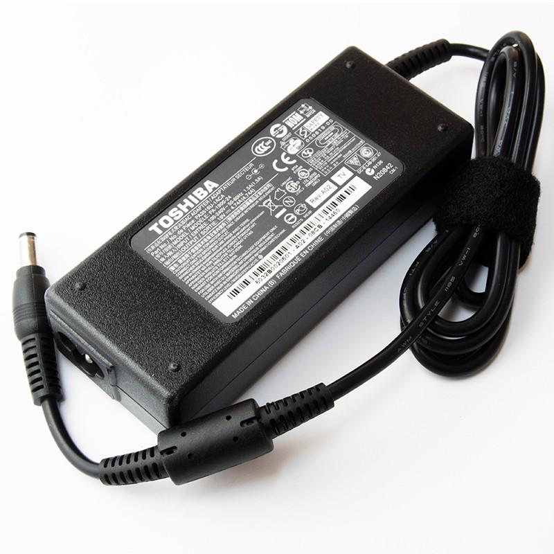 Incarcator laptop original Toshiba Satellite M60-167 19V 4.74A 90W