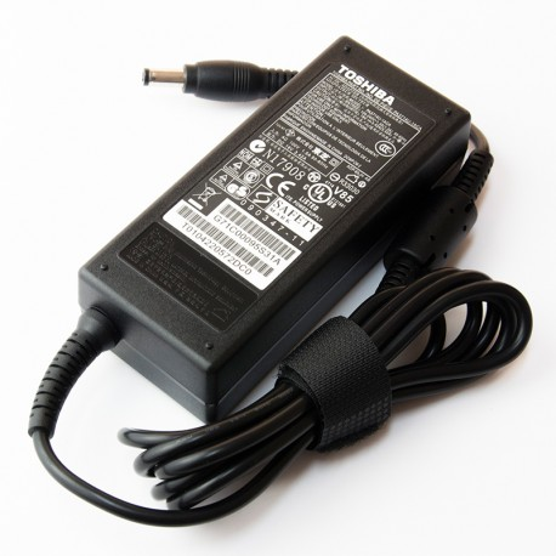 Incarcator laptop original Toshiba Satellite C650D-10X 19V 3.42A 65W